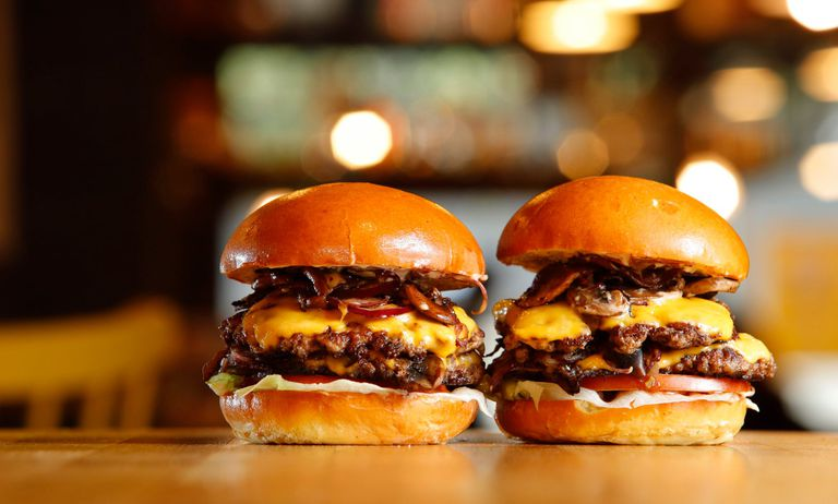 Boom! Burgers & Booze